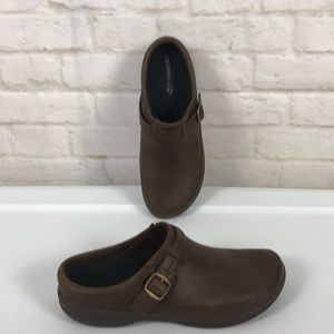 MERELL BROWN LEATHER SLIP-ON SHOES NWOT size 8.5